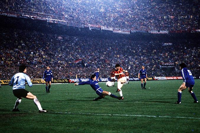 Van Basten marcó el 4-0 de aquel AC Milan vs Real Madrid - Odio Eterno Al Fútbol Moderno