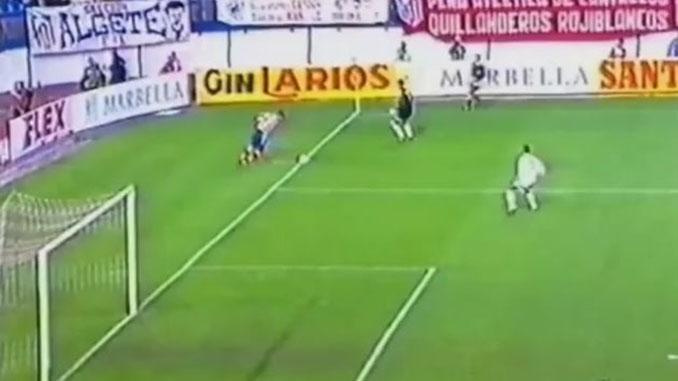 Gol de Vieri sin ángulo ante el PAOK de Salónica - Odio Eterno Al Fútbol Moderno