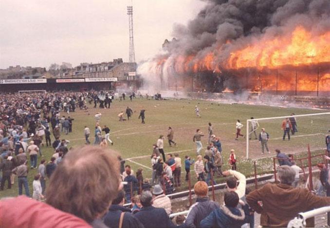 Tragedia de Bradford apenas dos semanas después de Heysel - Odio Eterno Al Fútbol Moderno