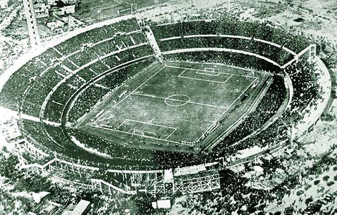Estadio Centenario en 1930 - Odio Eterno Al Fútbol Moderno