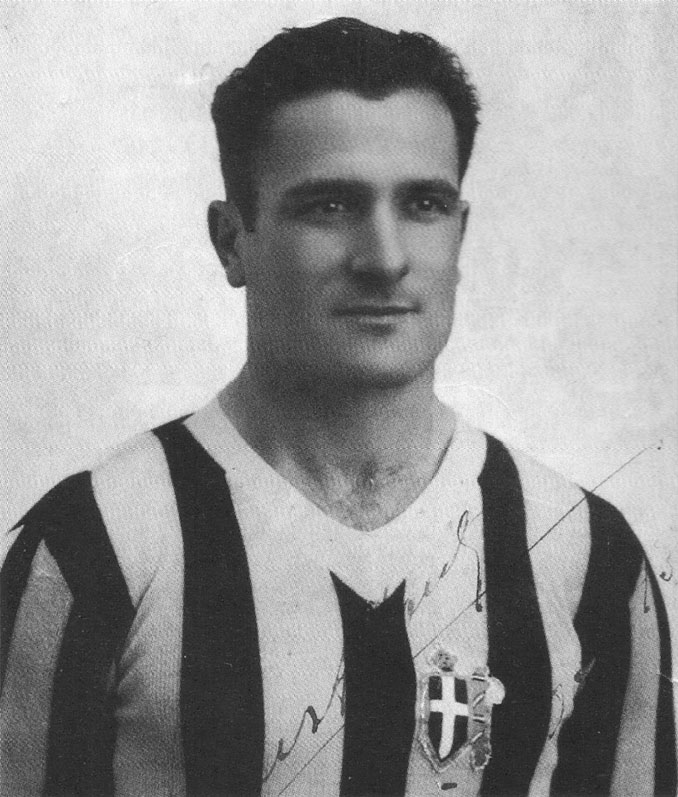 Luis Monti con la camiseta de la Juventus de Turín - Odio Eterno Al Fútbol Moderno