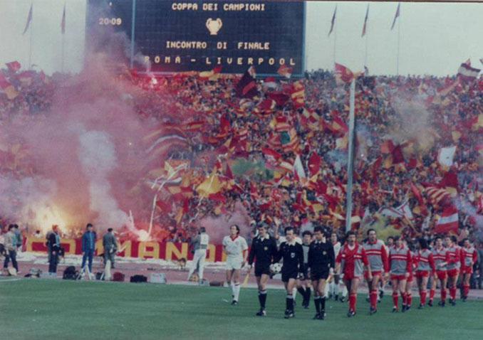 Ultras del AS Roma en la final de la Copa de Europa de 1984 - Odio Eterno Al Fútbol Moderno