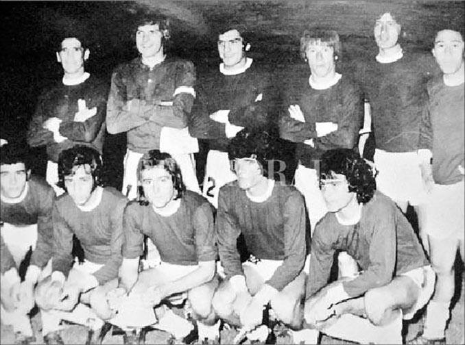 Combinado rosarino que jugó frente a Argentina en 1974 - Odio Eterno Al Fútbol Moderno