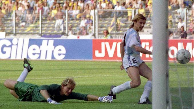 Caniggia marcó el gol de la victoria frente a Brasil en Italia '90 - Odio Eterno Al Fútbol Moderno