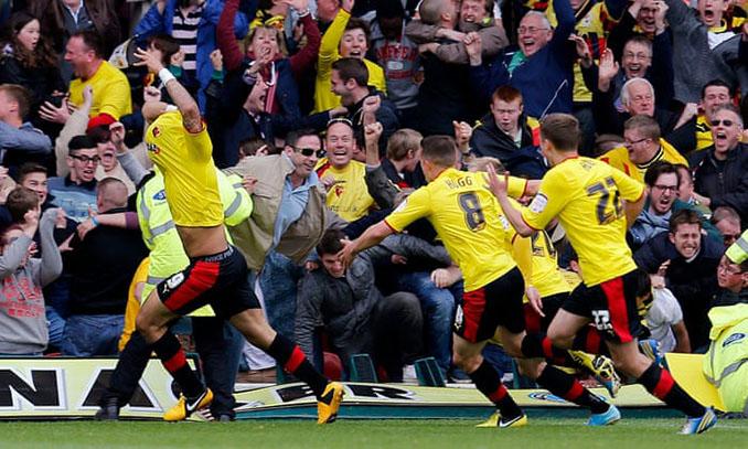 Celebración del agónico gol de Deeney al Leicester - Odio Eterno Al Fútbol Moderno