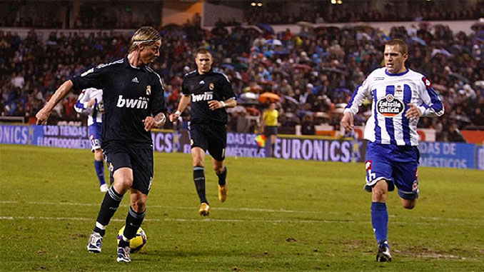 Taconazo de Guti para asistir a Benzema en Riazor - Odio Eterno Al Fútbol Moderno