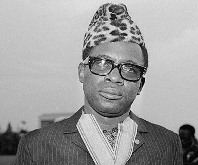 Mobutu Sese Seko fue el dictador e la República de Zaire desde 1971 hasta su muerte en 1997 - Odio Eterno Al Fútbol Moderno