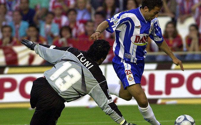 El gol de Tamudo a Toni abrió la final de Copa del Rey de 2000 - Odio Eterno Al Fútbol Moderno