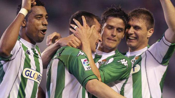 """El gol de Varela al Barcelona en el """"destierro"""" del Real Betis fue una obra de arte - Odio Eterno Al Fútbol Moderno"""