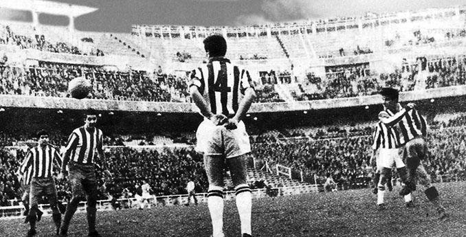 Atlético de Madrid vs Juventus disputado en el Santiago Bernabéu el 1 de enero de 1964 - Odio Eterno Al Fútbol Moderno