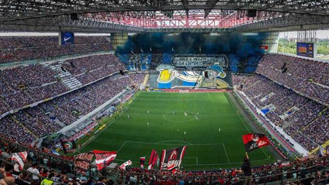 Derbi della Madonnina en San Siro - Odio Eterno Al Fútbol Moderno