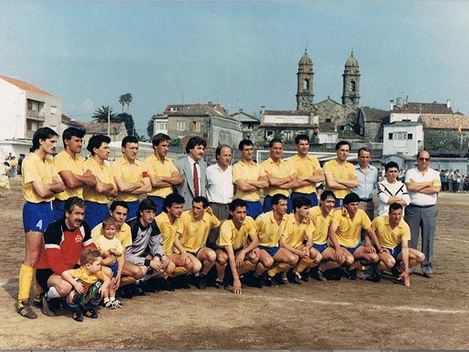 Juventud Cambados en el antiguo campo de A Merced - Odio Eterno Al Fútbol Moderno