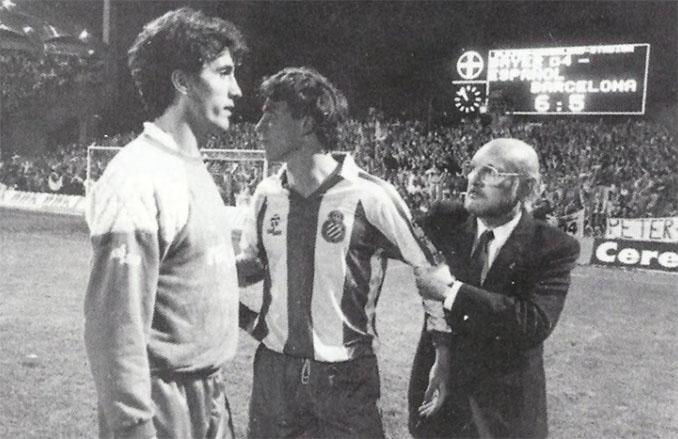 Losada tras fallar el penalti definitivo en la final de la Copa de la UEFA de 1988 - Odio Eterno Al Fútbol Moderno
