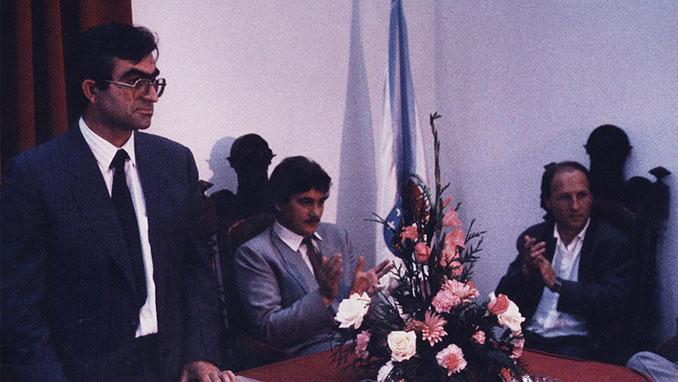 Mario Guede sentado junto a Sito Miñanco - Odio Eterno Al Fútbol Moderno