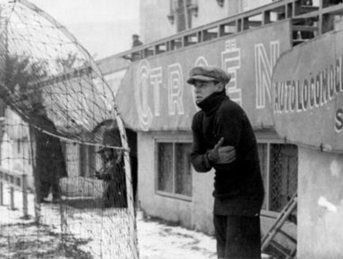 Ricardo Zamora helado de frío en Sarriá - Odio Eterno Al Fútbol Moderno
