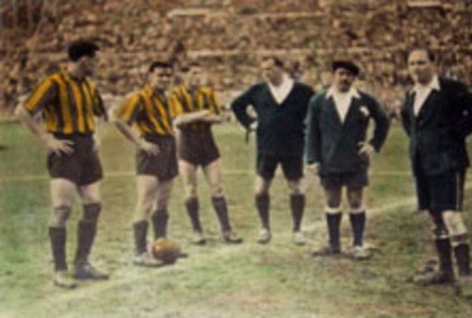 """El partido entre Peñarol y Nacional de 1949 es conocido como """"""""El Clásico de la fuga"""" - Odio Eterno Al Fútbol Moderno"""