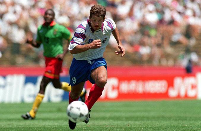 Oleg Salenko es el único futbolista que ha logrado 5 goles en un partido de la Copa del Mundo - Odio Eterno Al Fútbol Moderno