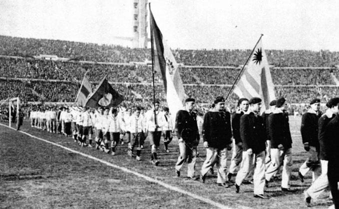 Inauguración de la Copa del Mundo de 1930 en el Estadio Centenario - Odio Eterno Al Fútbol Moderno