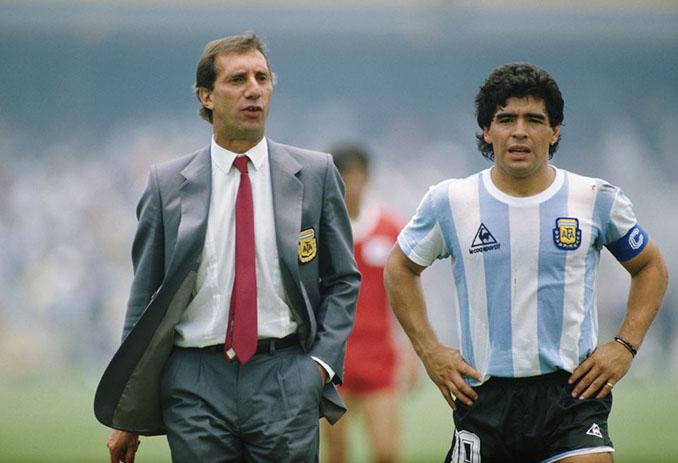 Bilardo junto a Maradona en durante el Mundial de 1986 - Odio Eterno Al Fútbol Moderno