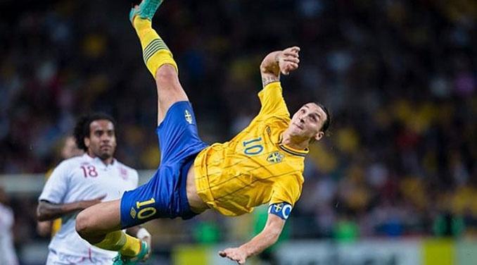 La chilena de Ibrahimovic ante Inglaterra, uno de los goles más espectaculares de la historia - Odio Eterno Al Fútbol Moderno