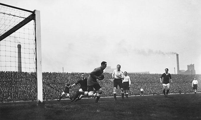 Partido inaugural en Old Trafford - Odio Eterno Al Fútbol Moderno