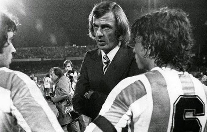 Menotti durante el Mundial de Argentina 1978 - Odio Eterno Al Fútbol Moderno