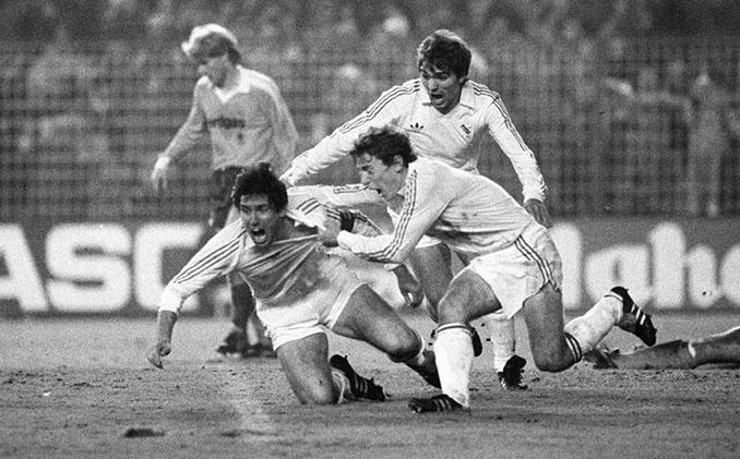 El Estadio Santiago Bernabéu vivió remontadas mágicas en los '80 - Odio Eterno Al Fútbol Moderno