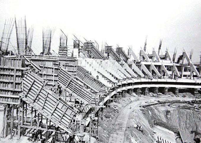 Construcción del Estadio Azteca - Odio Eterno Al Fútbol Moderno