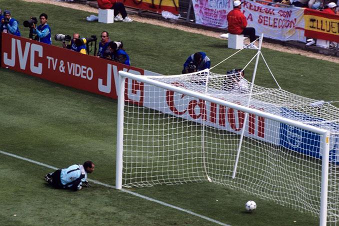 Zubizarreta falló en uno de los goles de Nigeria a España en el Mundial 1998 - Odio Eterno Al Fútbol Moderno