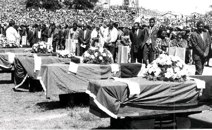 Funeral de estado para los miembros de la selección de Zambia - Odio Eterno Al Fútbol Moderno
