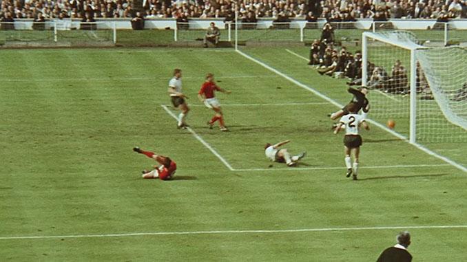 Gol fantasma de Geoff Hurst en la final de la Copa del Mundo de 1966 - Odio Eterno Al Fútbol Moderno
