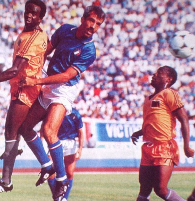 Partido entre Zambia e Italia en los Juegos Olímpicos de 1988 - Odio Eterno Al Fútbol Moderno