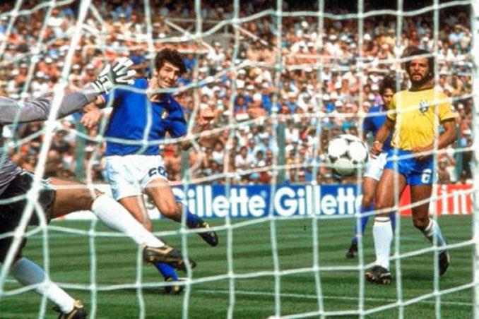 Paolo Rossi con un hat trick decidió el Brasil vs Italia de 1982 - Odio Eterno Al Fútbol Moderno