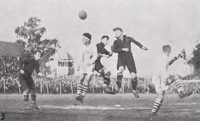 El Gran Parque Central acogió el primer partido de la Copa del Mundo, EE.UU. vs Bélgica en 1930 - Odio Eterno Al Fútbol Moderno