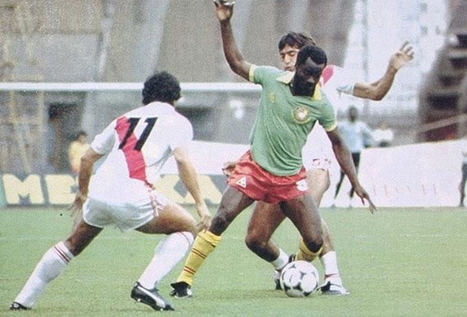 Partido entre Camerún y Perú en el Mundial 1982 - Odio Eterno Al Fútbol Moderno