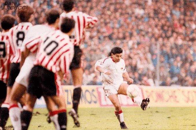 Maradona en el Athletic vs Sevilla de 1992 - Odio Eterno Al Fútbol Moderno