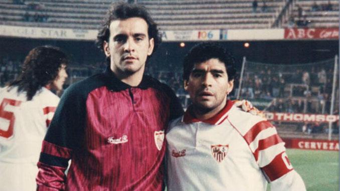 Monchi y Maradona en el Sánchez Pizjuán - Odio Eterno Al Fútbol Moderno
