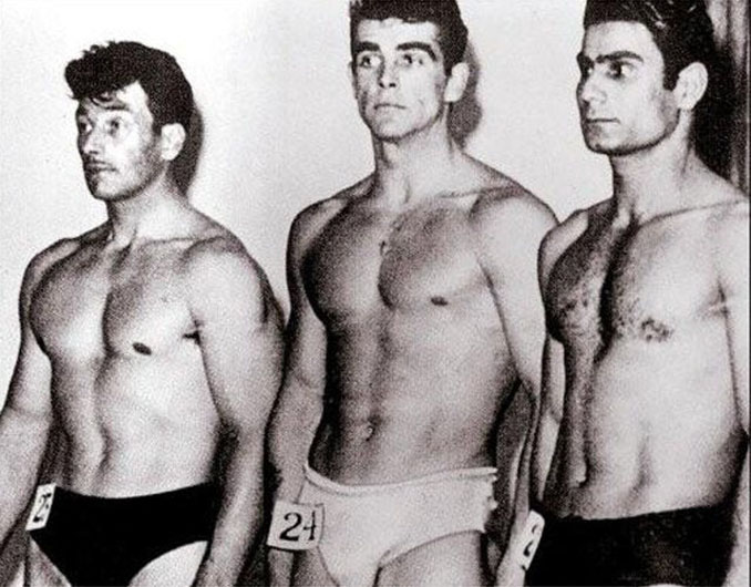 Sean Connery durante el certamen de Mr. Universo en 1953 - Odio Eterno Al Fútbol Moderno