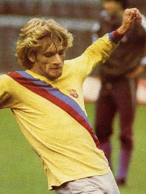 Cléo Hickman en un entrenamiento con el FC Barcelona - Odio Eterno Al Fútbol Moderno