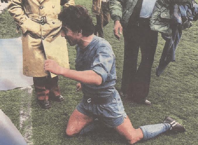 Juanito prometió ir de rodillas al vestuario si el Real Madrid ganaba la Liga en Zorrilla - Odio Eterno Al Fútbol Moderno