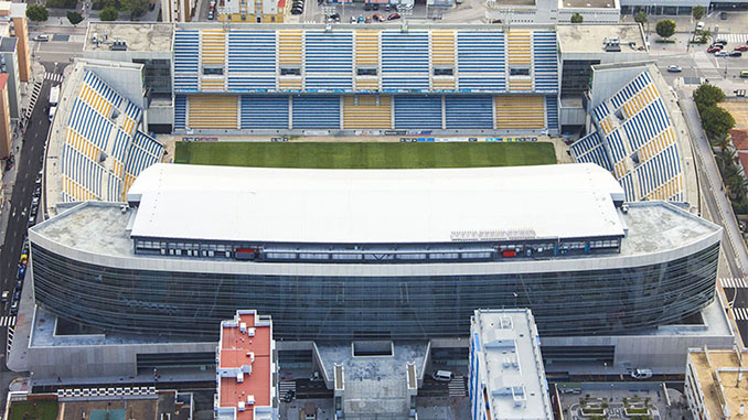 Estadio Ramón de Carranza - Odio Eterno Al Fútbol Moderno
