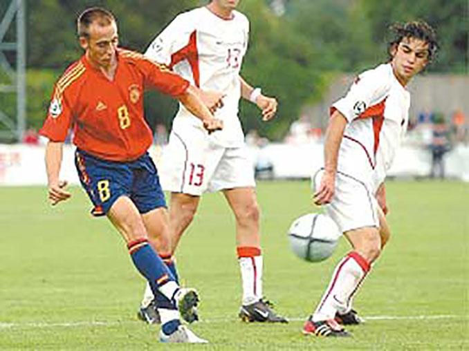 Borja Valero dio el título a España en la final del Europe Sub-19 de 2004 - Odio Eterno Al Fútbol Moderno