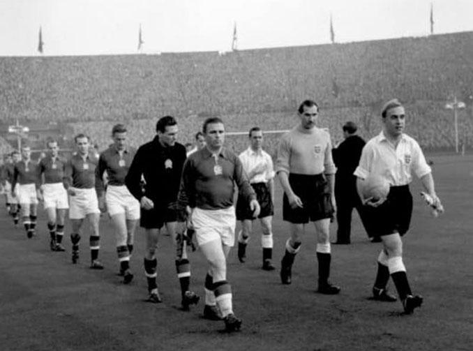 Inglaterra vs Hungría disputado en 1953 - Odio Eterno Al Fútbol Moderno