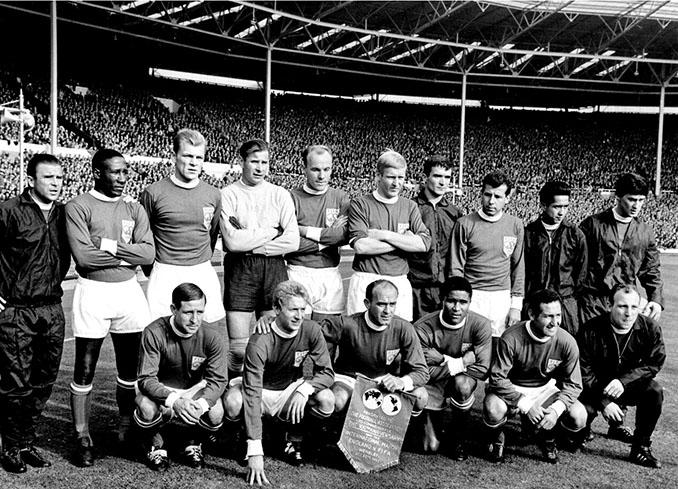 Selección del resto del mundo en 1963 - Odio Eterno Al Fútbol Moderno