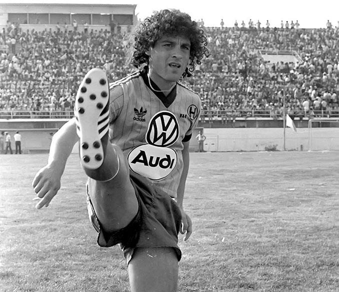 """Vasilis Hatzipanagis, """"El Maradona griego"""" - Odio Eterno Al Fútbol Moderno"""