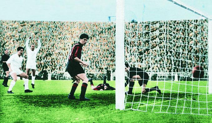 Real Madrid vs AC Milan en al final de la Copa de Europa de 1958 - Odio Eterno Al Fútbol Moderno