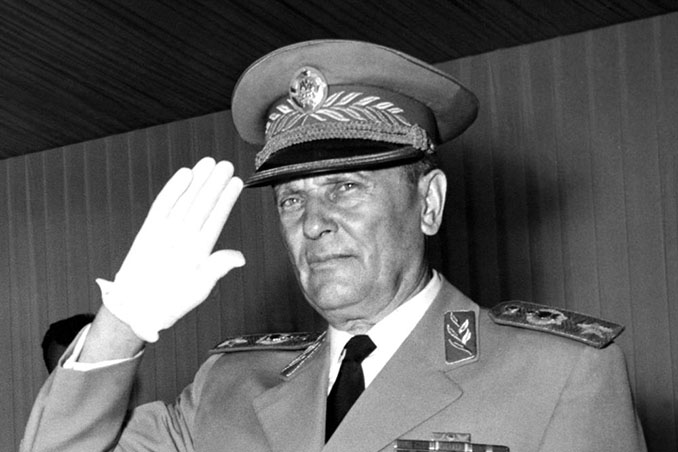 "Josef Broz ""Tito"" - Odio Eterno Al Fútbol Moderno"