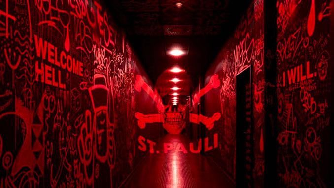 Túnel del Millerntor-Stadion Odio Eterno Al Fútbol Moderno