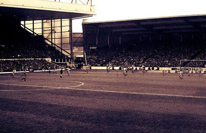 Estadio de Anfield - Odio Eterno Al Fútbol Moderno