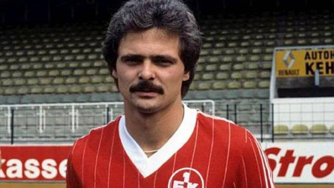"""Lutz Eigendorf, """"El Beckenbauer del Este"""" durante su etapa en el FC Kaiserslautern - Odio Eterno Al Fútbol Moderno"""